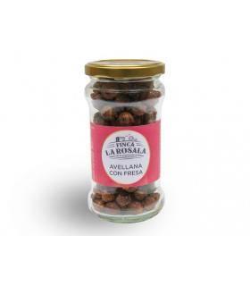 Haselnüsse mit Erdbeeren Finca La Rosala